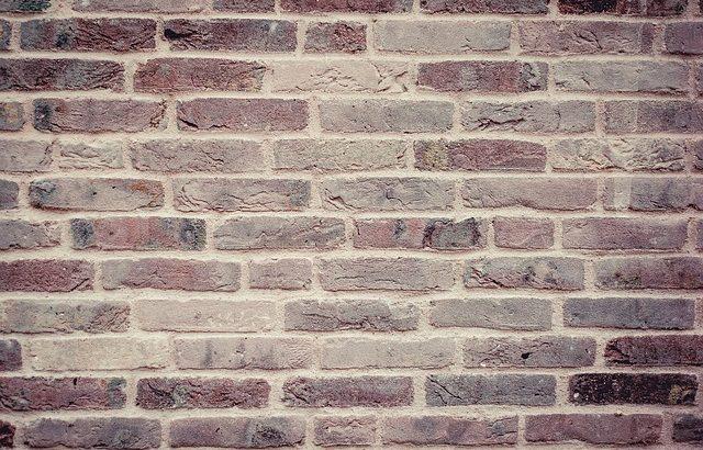 bricks-459299_640